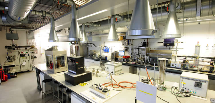 سیستم اعلام و اطفاء حریق آزمایشگاه